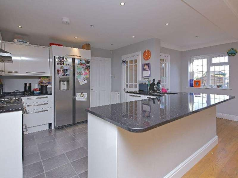 4 Bedrooms House for sale in Harris Lane, Shenley, Radlett, WD7