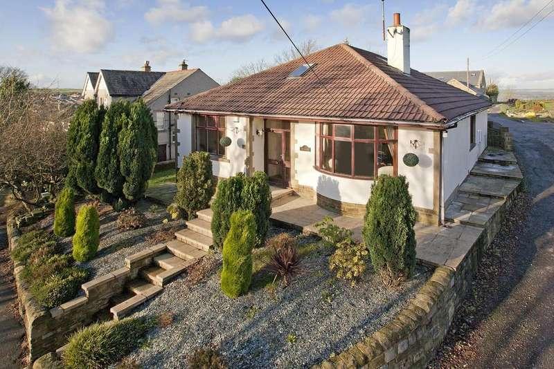 4 Bedrooms Detached House for sale in Haworth Road, Wilsden, Bradford, BD15 0JX