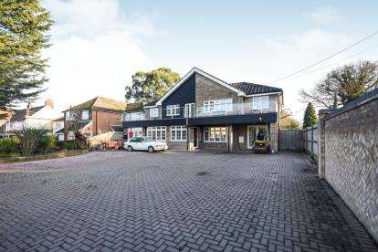 6 Bedrooms Detached House for sale in Silver End, Witham, Essex