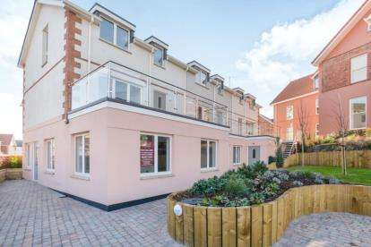 1 Bedroom Flat for sale in Paignton