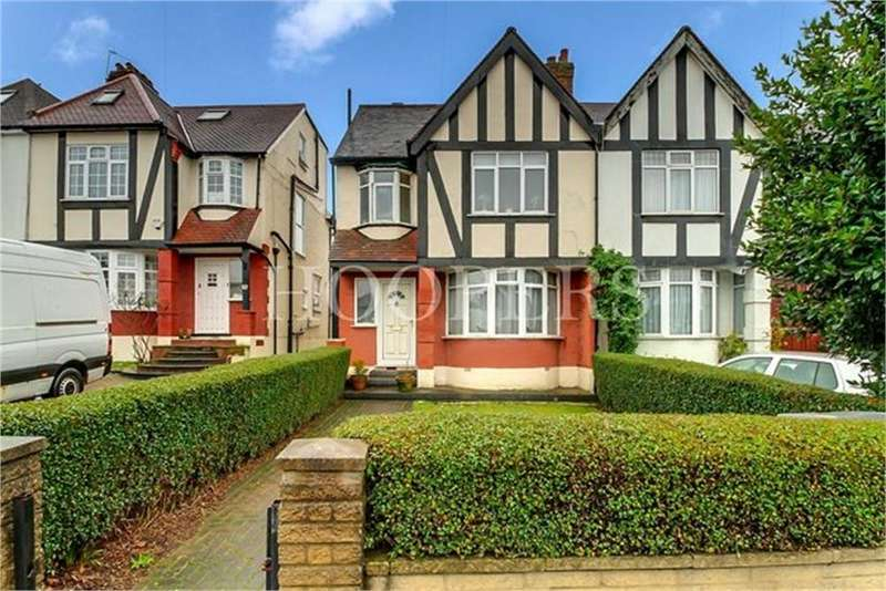 Semi Detached House for sale in Tanfield Avenue, London