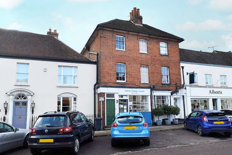 2 Bedrooms Apartment Flat for sale in High Street, Odiham