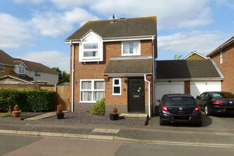 3 Bedrooms Detached House for sale in Bishops Road, Goldington, Bedford, MK41