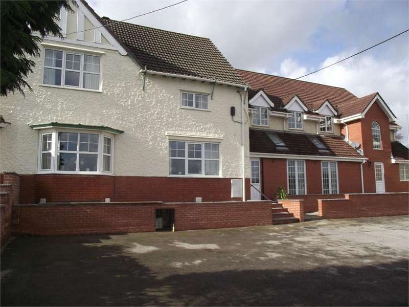 4 Bedrooms Terraced House for sale in High Street, Blackwood, Caerphilly