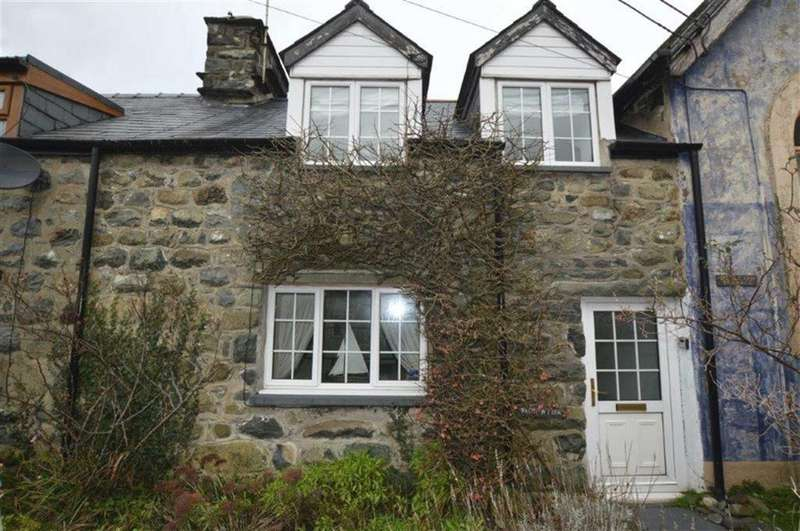 2 Bedrooms Cottage House for sale in Bron Wylfa, 1, Wesley Terrace, Off Mill Street, LLwyngwril, LL37