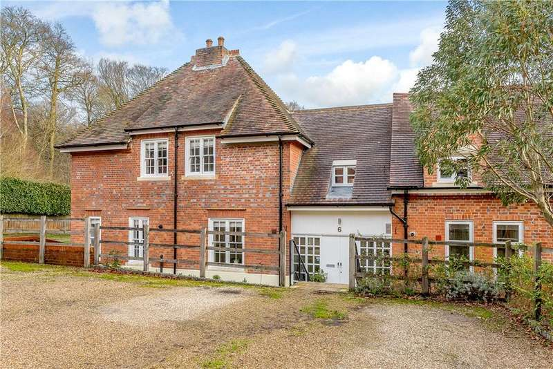 3 Bedrooms Terraced House for sale in Baron Way, Kingwood, Henley-on-Thames, RG9
