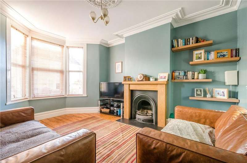3 Bedrooms Terraced House for sale in Upton Road, Southville, Bristol, BS3