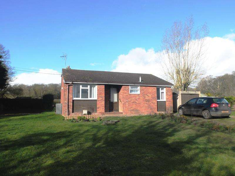 3 Bedrooms Bungalow for sale in Yew Tree Bungalow, Bromsberrow, Ledbury, Worcestershire, HR8 1SD