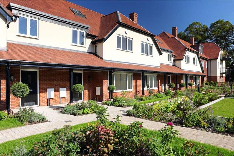 3 Bedrooms Retirement Property for sale in Townsend Drive, St. Albans, Hertfordshire