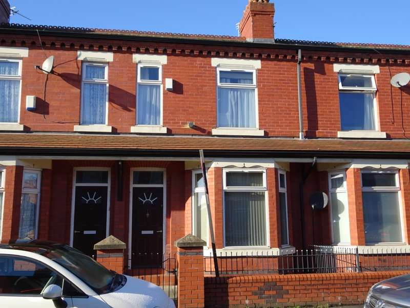 4 Bedrooms Terraced House for rent in Crofton Street, Rusholme, M14