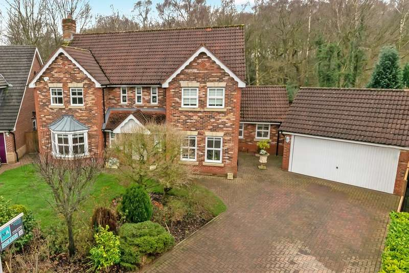 4 Bedrooms Detached House for sale in Hatfield Gardens, Appleton, Warrington