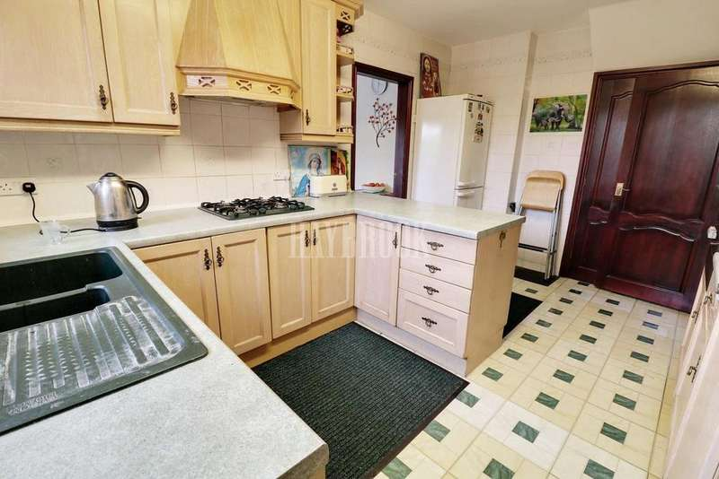 5 Bedrooms Detached House for sale in Hallam Road, Moorgate