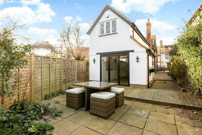 2 Bedrooms End Of Terrace House for rent in Lych Cottage, Church Lane, Bray, Maidenhead, SL6