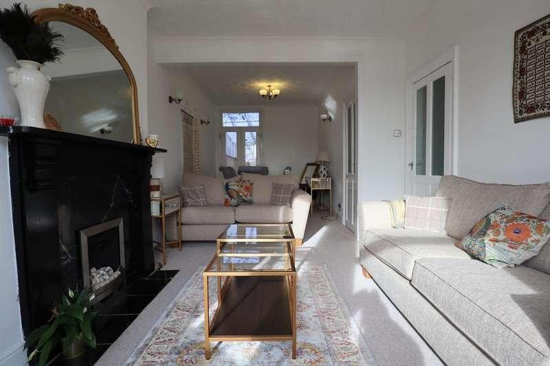 3 Bedrooms Semi Detached House for sale in Preston Road, Bedford, MK40
