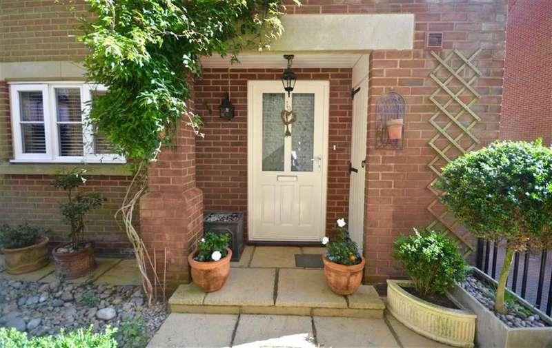 4 Bedrooms House for sale in Blenheim Mews, Shenley, Hertfordshire