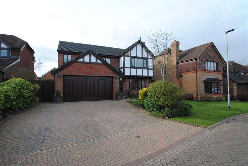 5 Bedrooms Detached House for sale in Barshaw Gardens, APPLETON, Warrington, WA4