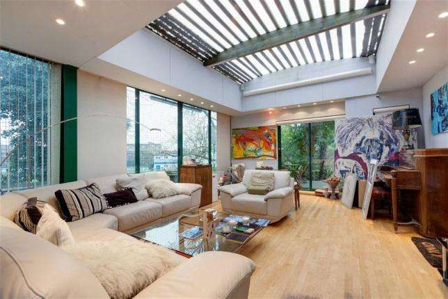 2 Bedrooms House for sale in Crediton Hill, West Hampstead