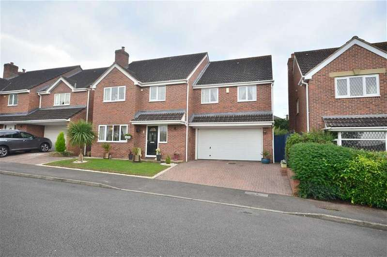4 Bedrooms Detached House for sale in Boyce Close, Boyce Close, Abbeydale, Gloucester