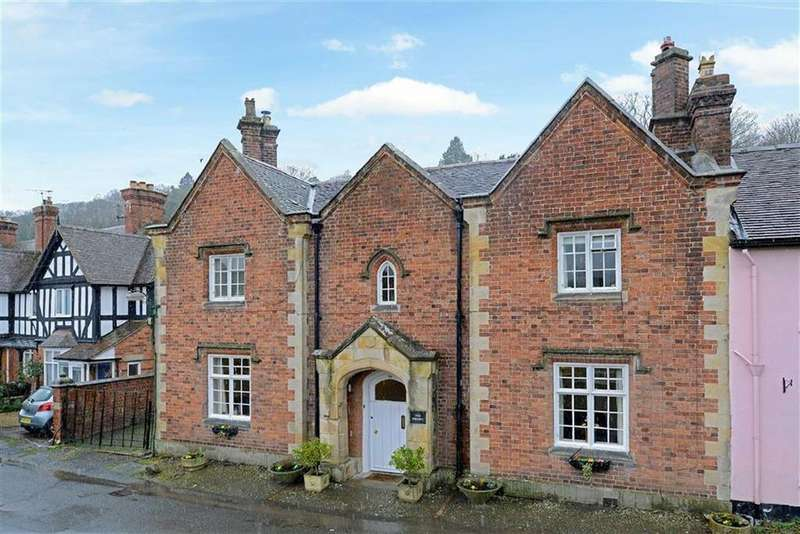 5 Bedrooms Town House for sale in Church Street, Church Stretton