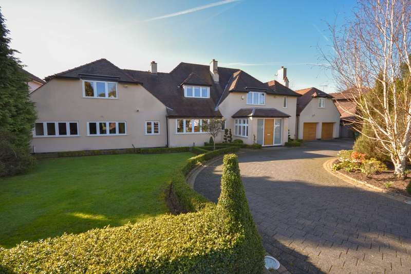 5 Bedrooms Detached House for sale in ANGLESEY DRIVE, POYNTON
