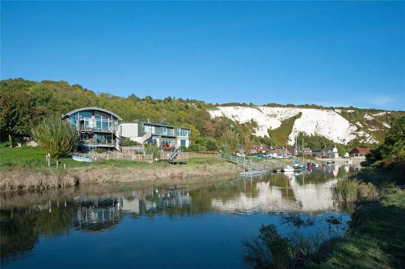 3 Bedrooms Semi Detached House for sale in The River House, South Street, Lewes, East Sussex