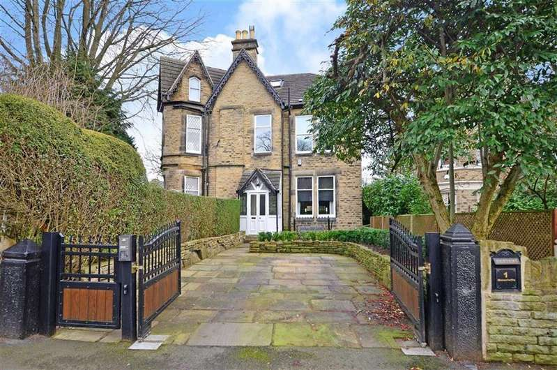4 Bedrooms Semi Detached House for sale in Moncrieffe Road, Sheffield, Yorkshire