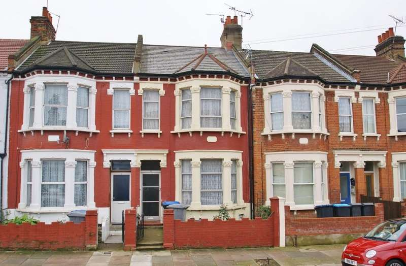 3 Bedrooms Terraced House for sale in Osborne Road, London