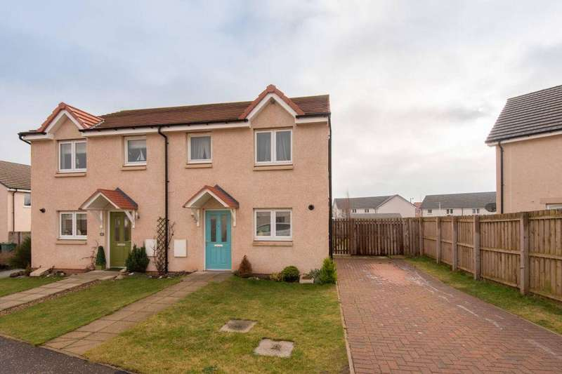 3 Bedrooms Semi Detached House for sale in 19 Meikle Park Road, Dunbar, EH42 1XD