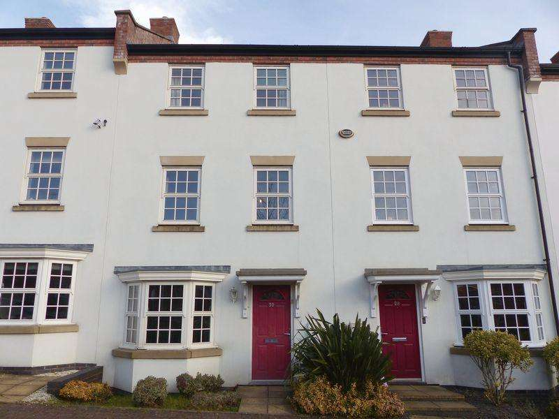 3 Bedrooms Terraced House for sale in Nether Hall Avenue, Great Barr