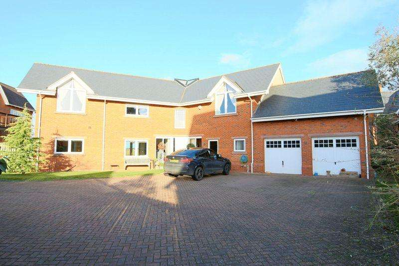 4 Bedrooms Detached House for sale in Freshwater Drive, Wychwood Park, Weston