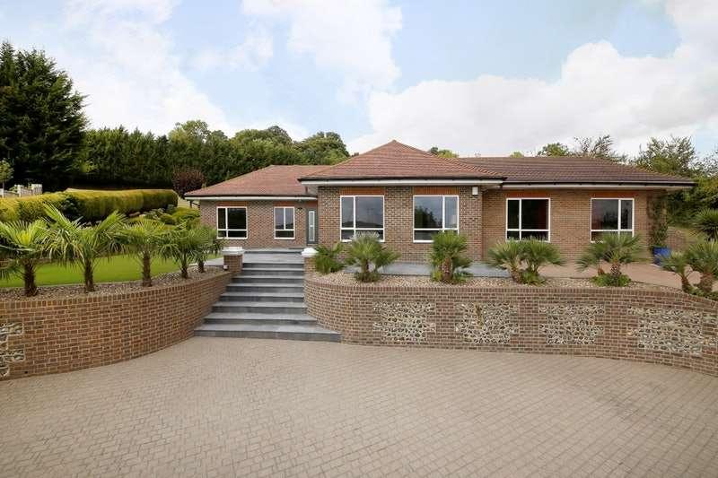 4 Bedrooms Property for sale in Old Dartford Road, Farningham, Kent, DA4