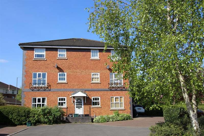 2 Bedrooms Maisonette Flat for sale in Riverside Court, St. Annes Park, Bristol