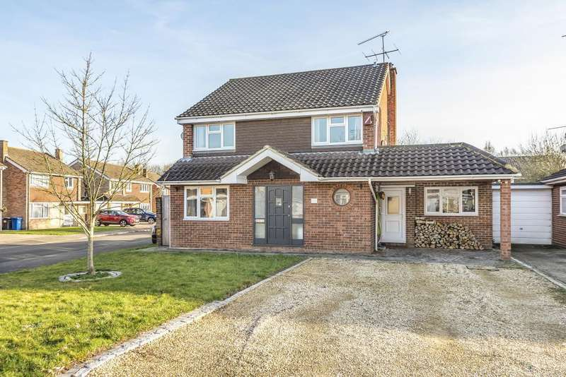 4 Bedrooms Detached House for sale in Lambourne Drive, Maidenhead, SL6