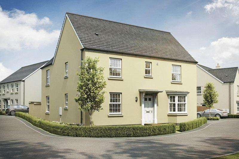 4 Bedrooms Detached House for sale in Double bedrooms and double garage!