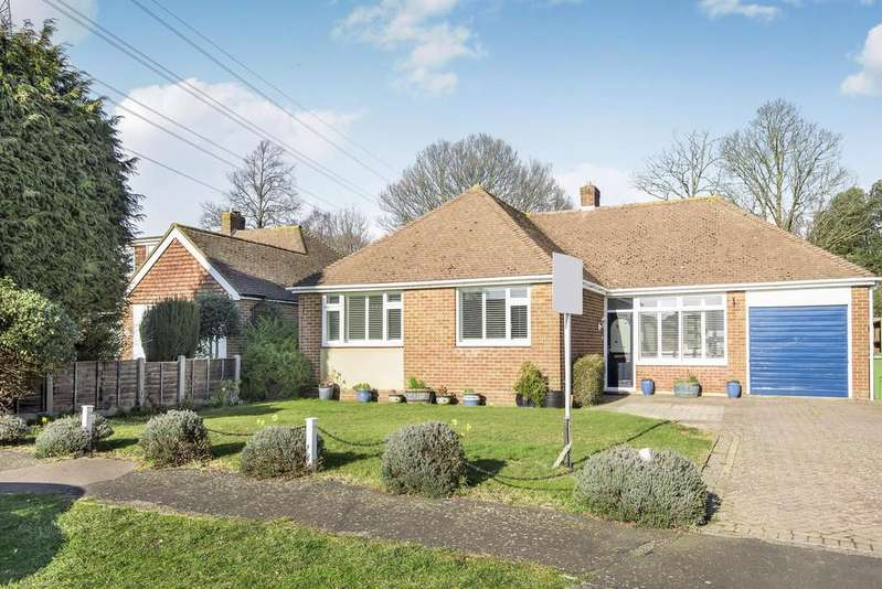 3 Bedrooms Detached Bungalow for sale in The Thicket, Fareham