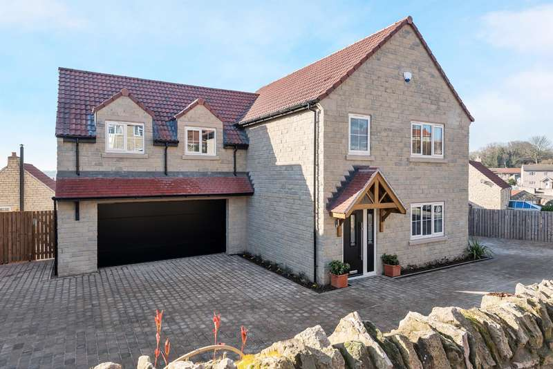 4 Bedrooms Detached House for sale in Goldcrest House, Silver Street, Fairburn, Knottingley, WF11 9JA