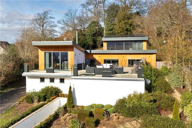 4 Bedrooms Detached House for sale in Higher Hoopern Lane, Exeter, Devon, EX4