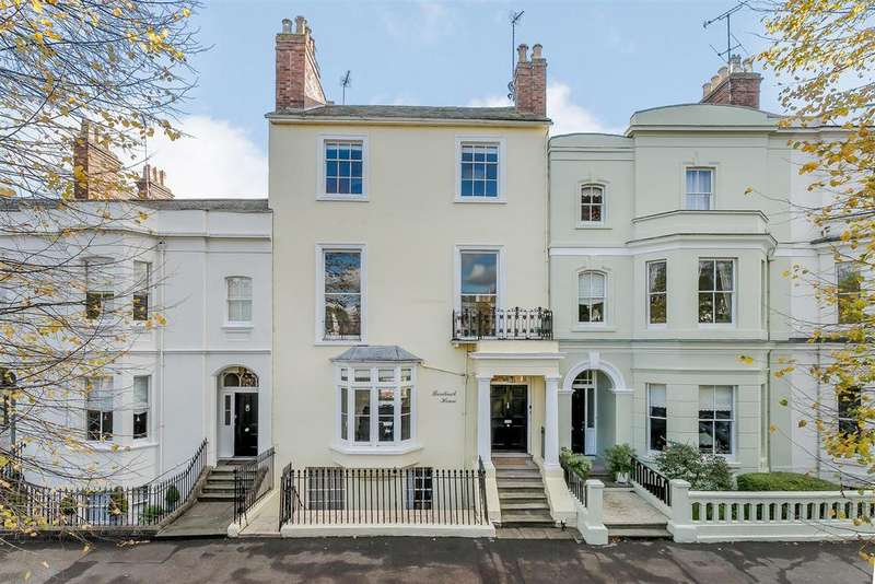 4 Bedrooms Terraced House for sale in Beauchamp Avenue, Leamington Spa, Warwickshire