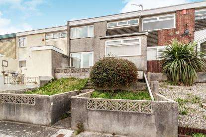 3 Bedrooms Terraced House for sale in Southway, Plymouth, Devon