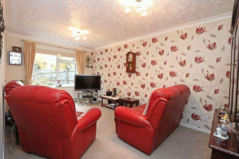 3 Bedrooms Semi Detached House for sale in Brindlebrook, Two Mile Ash, Milton Keynes