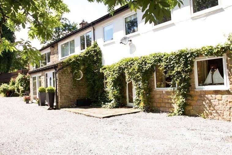 4 Bedrooms Detached House for sale in Level Lane, Derbyshire, SK17