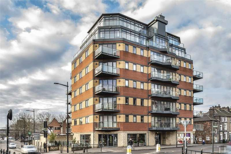 2 Bedrooms Flat for sale in Thorngate House, Lincoln, LN2
