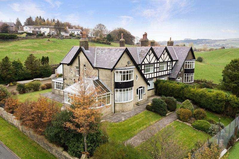 4 Bedrooms Semi Detached House for sale in Todmorden Road, Burnley