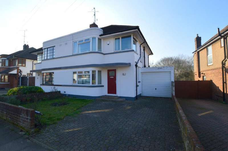 3 Bedrooms Semi Detached House for sale in Manton Drive, Old Bedford Area, Luton, LU2 7DH