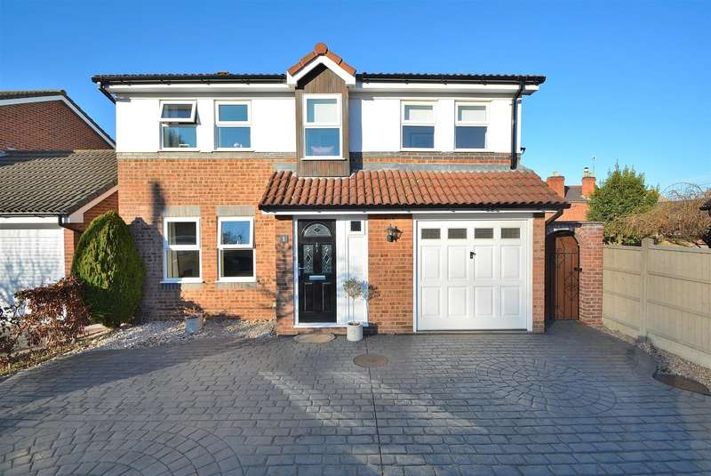 4 Bedrooms Detached House for sale in Tanyard Close, Castle Donington