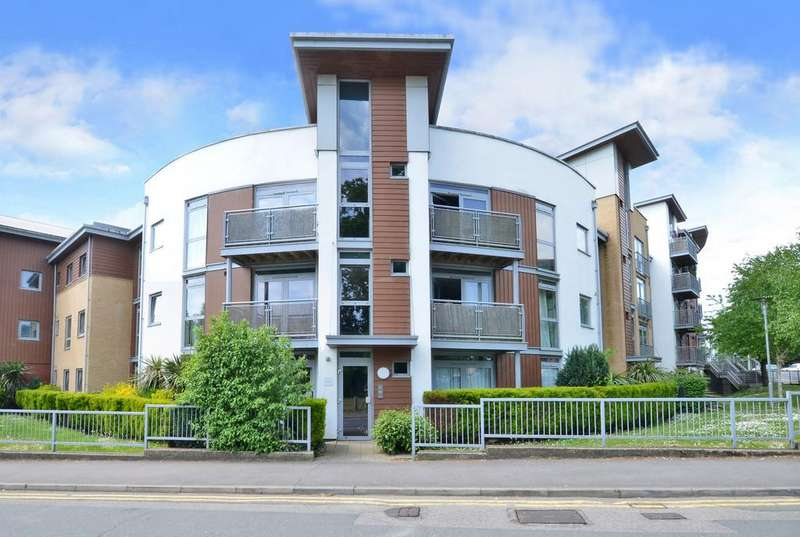 2 Bedrooms Apartment Flat for sale in Bracknell, Berkshire