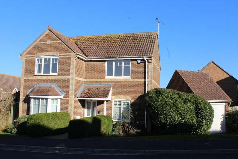 3 Bedrooms Detached House for sale in Ramsbury Drive, Hungerford RG17