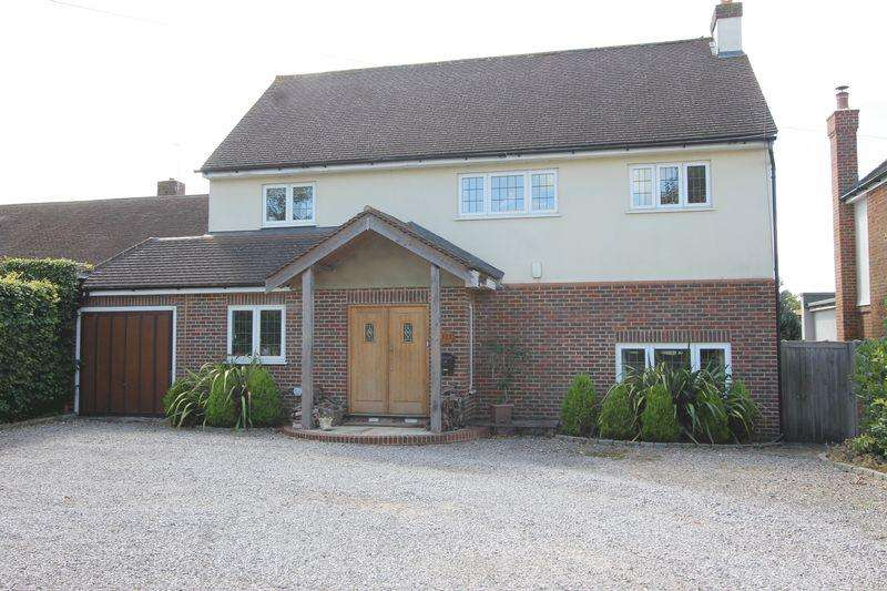 4 Bedrooms Detached House for sale in Higher Drive, Banstead