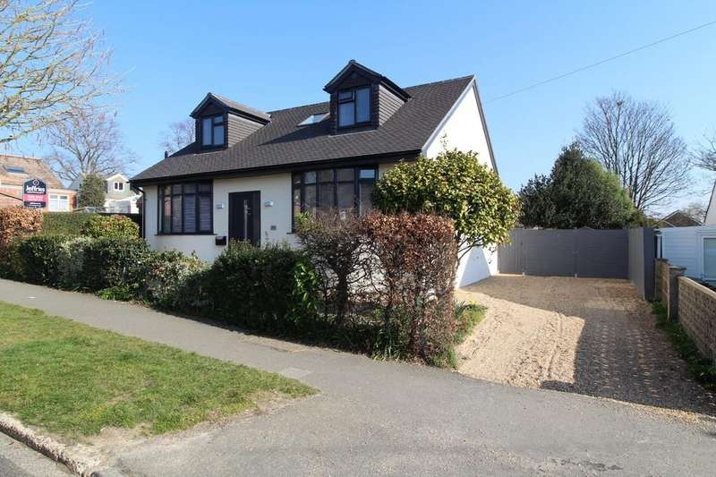 4 Bedrooms Detached Bungalow for sale in Station Road, Drayton