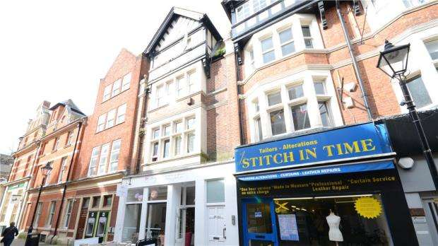 2 Bedrooms Apartment Flat for sale in Cross Street, Reading, Berkshire
